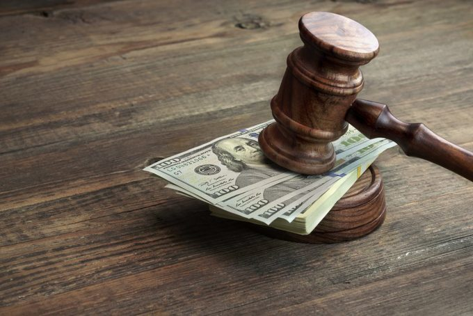 án phí ly hôn có yếu tố nước ngoài
