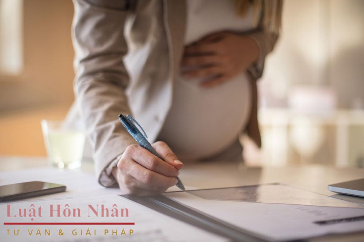 Thuận tình ly hôn khi vợ đang mang thai giải quyết ra sao?